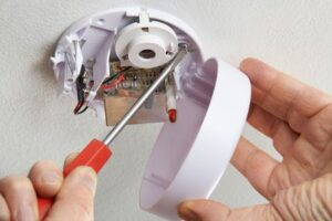 How Often Should Smoke Alarms Be Replaced? | Life Safety